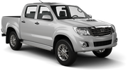 THRIFTY Car rental Panama City - Hotel La Cresta Inn Van car - Toyota Hilux